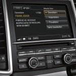 Kontroll und Infodisplay Porsche Cayenne S Hybrid