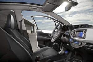 Toyota Yaris Hybrid innen