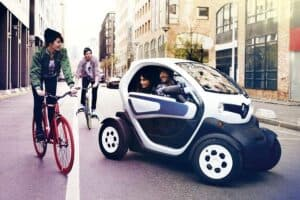 renault twizy in the city