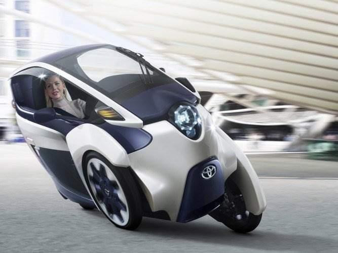 Toyota_i-ROAD-2013