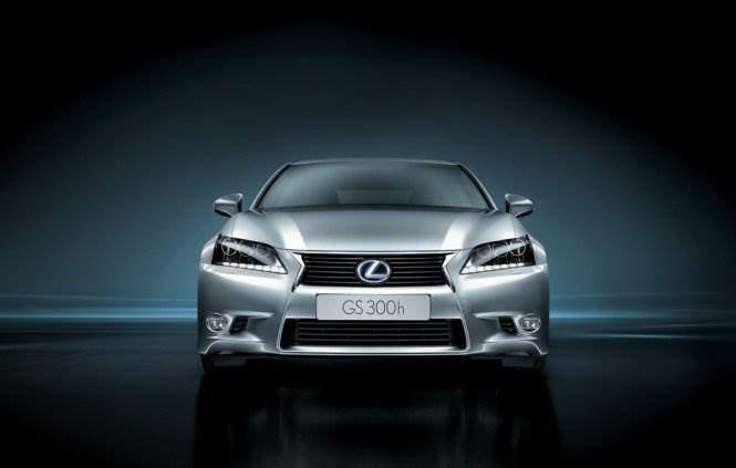 Lexus-GS-300-h-front