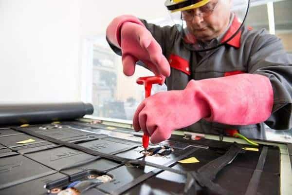Batterieproduktion: Lebenszyklus von Traktionsbatterien