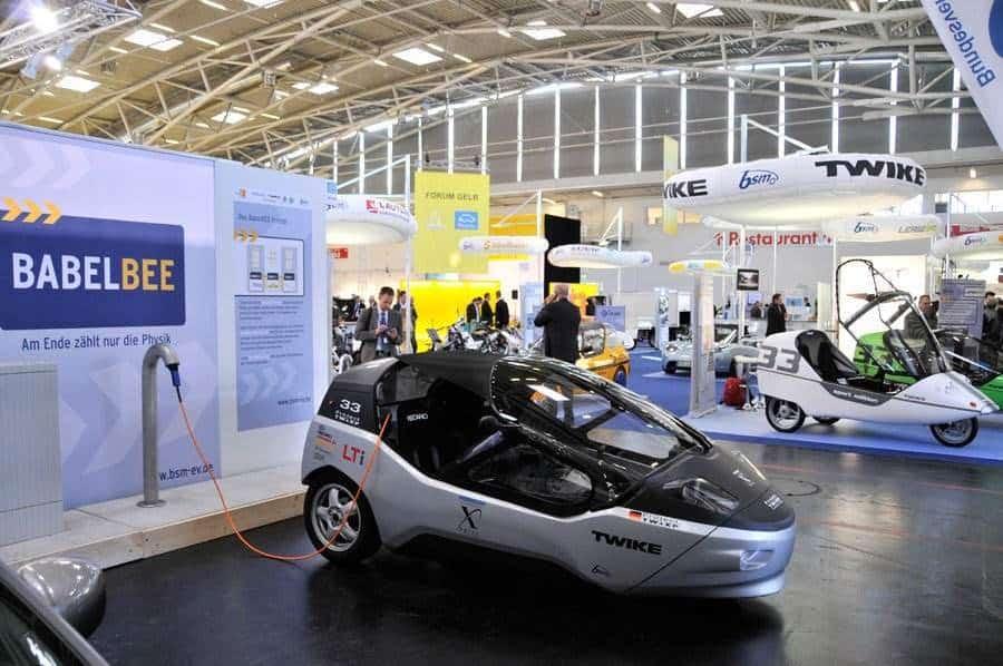 macher des 500km elektrofahrzeug twike zeigen projektfahrzeug auf der iaa elektroauto. Black Bedroom Furniture Sets. Home Design Ideas