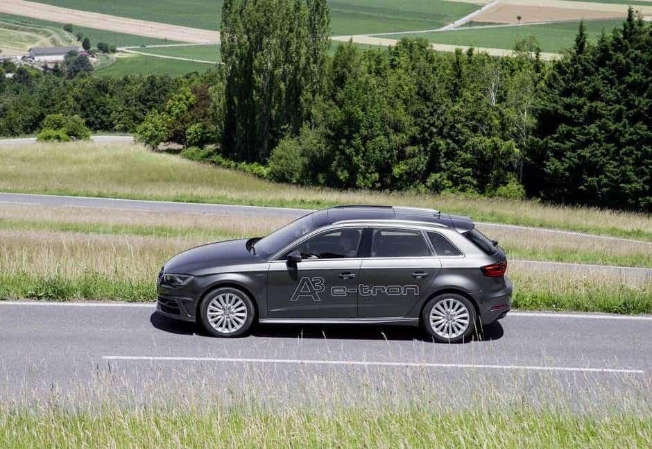 Audi_A3_sportback_e-tron