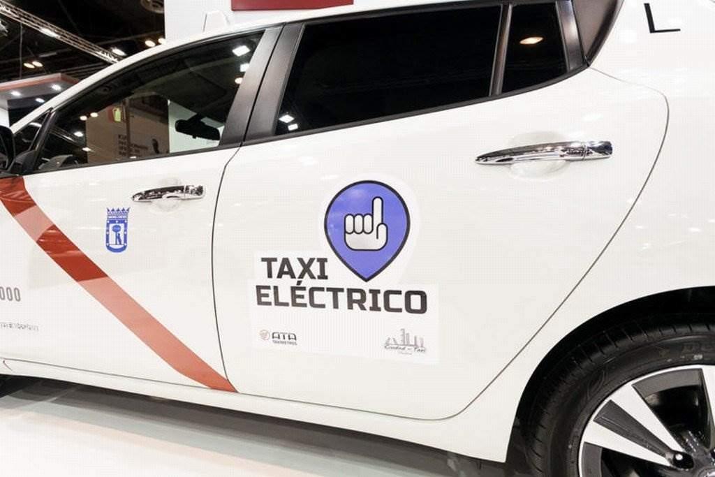 Nissan Elektroaut Taxi Madrid_002