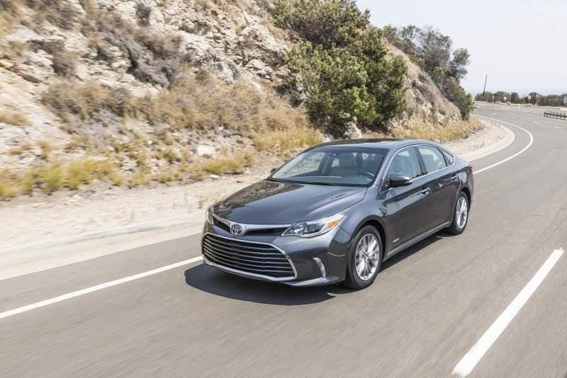 Toyota Motors | Avalon Hybrid