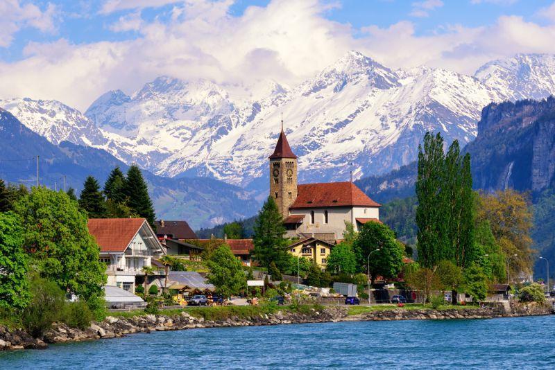 Verbot von klassischen Strom-Adapter für E-Autos in der Schweiz