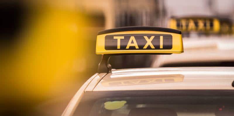 Berliner Senat soll E-Taxis fördern