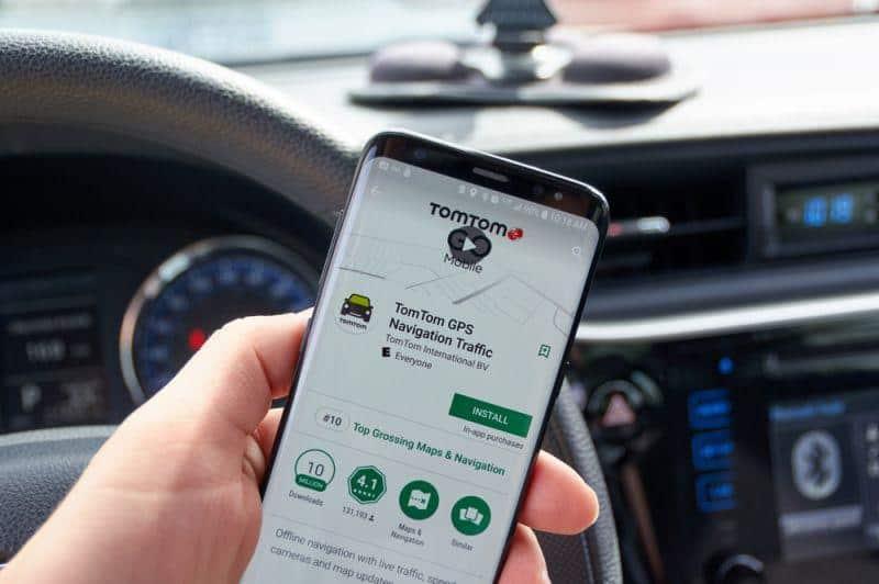 TomTom launcht Ladesäulen-App