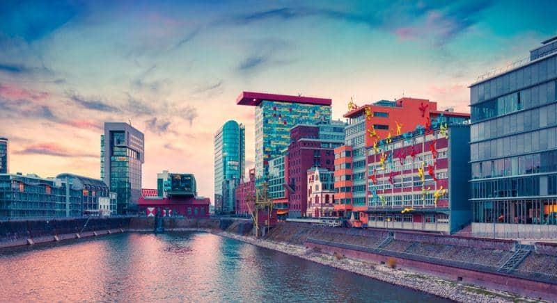 NRW macht sich für E-Mobilität stark