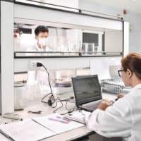 TÜV Süd baut Labore für E-Mobilität aus