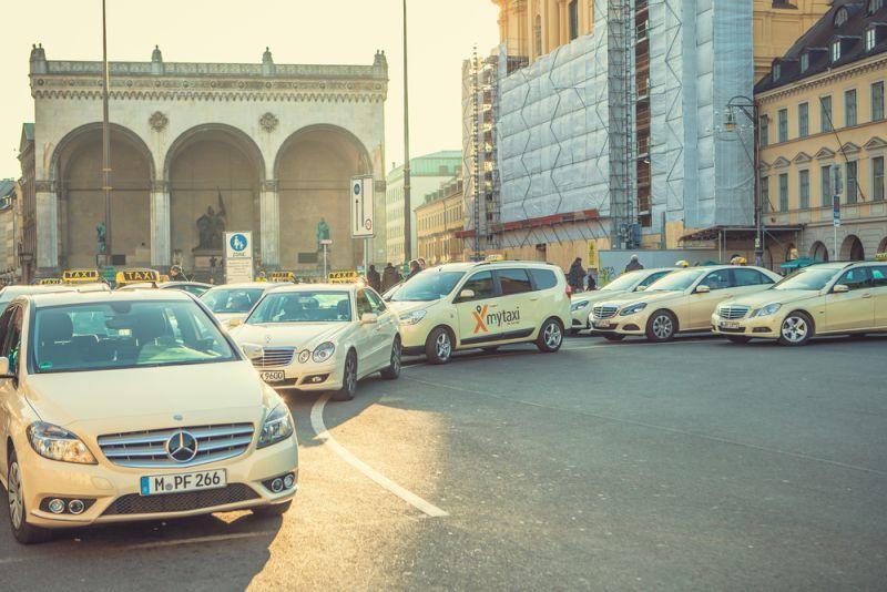 Deutsche Taxis brauchen Hilfe bei Umstieg auf E-Mobilität