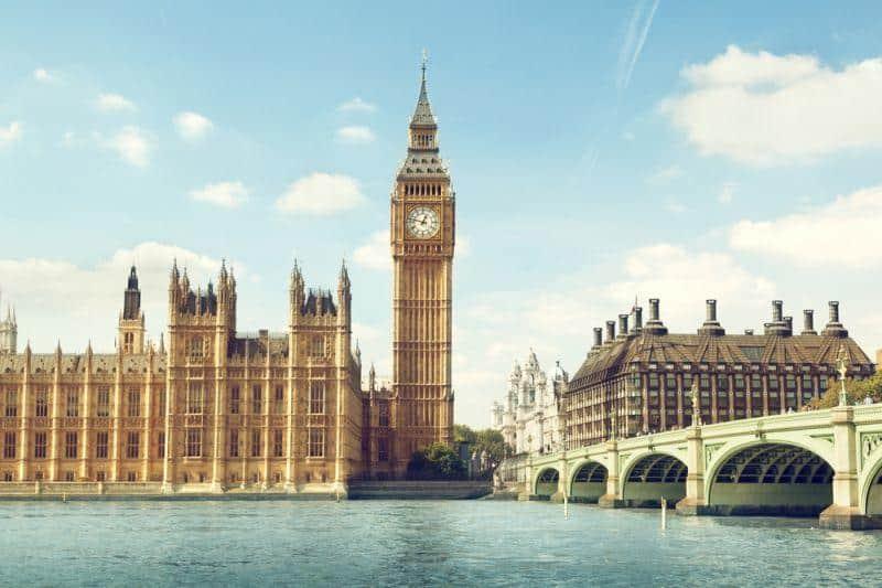 Großbritannien investiert halbe Milliarde Euro in E-Mobilität