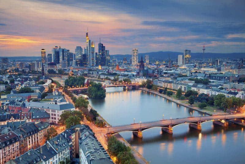 Erste E-Busse für Frankfurt bestellt