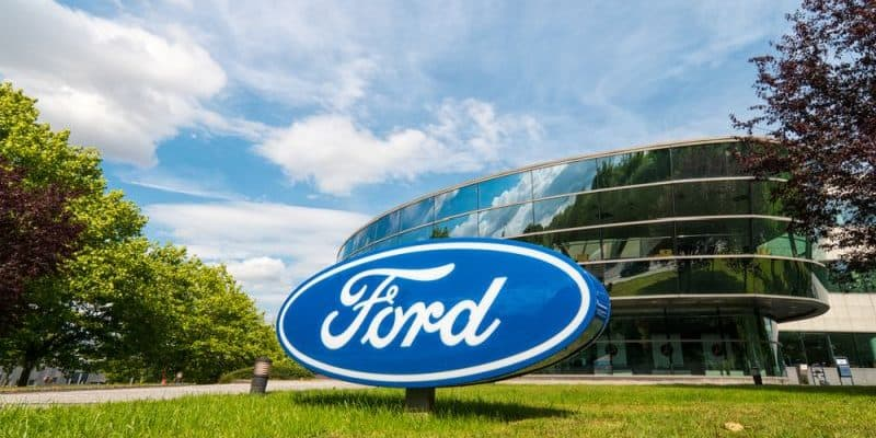 Ford investiert in Alternative Antriebe