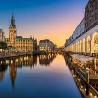 XCharge peilt Hamburger Zentrale an in Europa