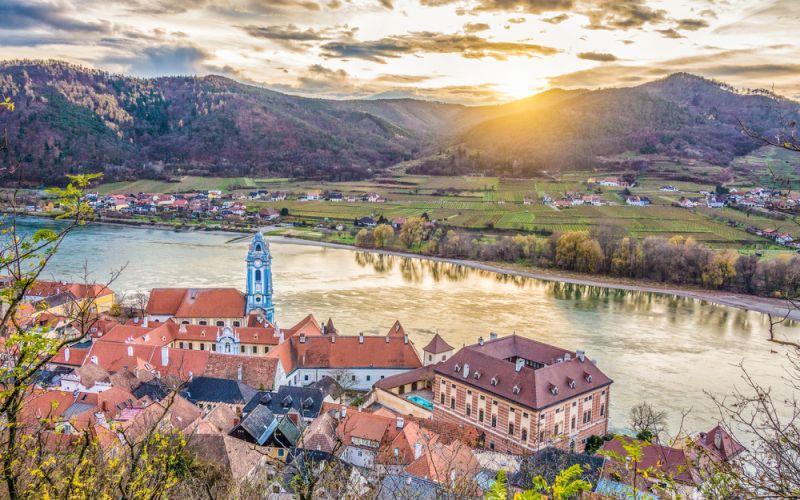 Österreich stärkt E-Mobilität