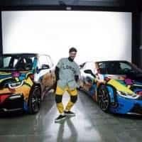 John Gourley von Portugal. The Man vor seinen Design für die elektrifizierte BMW i Coachella Flotte