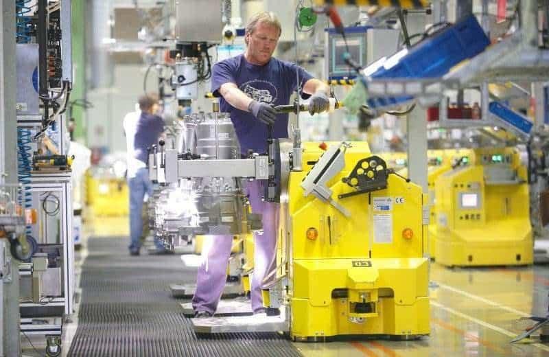 Solche E- und Hybridantriebe sollen ab 2019 in Serbien im neuen ZF Werk gefertigt werden