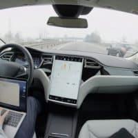 Tesla will mehr Zuverlässigkeit bei Dienstleistern erreichen
