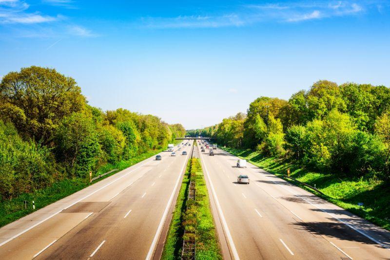 Deutsche Automobilindustrie muss Tempo geben