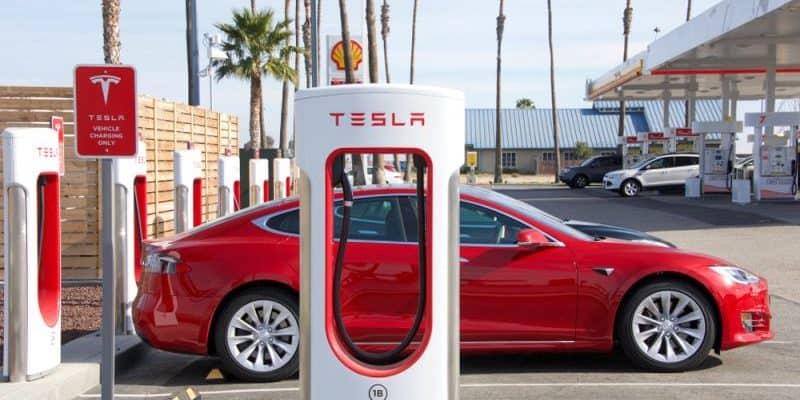 Tesla Mitarbeiter müssen ihre Koffer packen