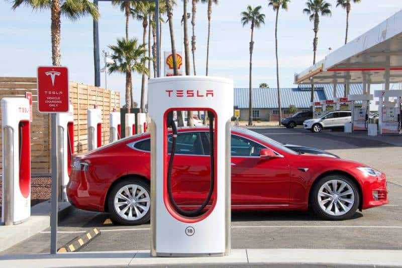 Tesla sichert sich in China Rohstoffe