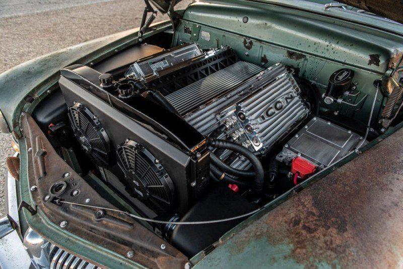 1949 Mercury Coupé Motorraum