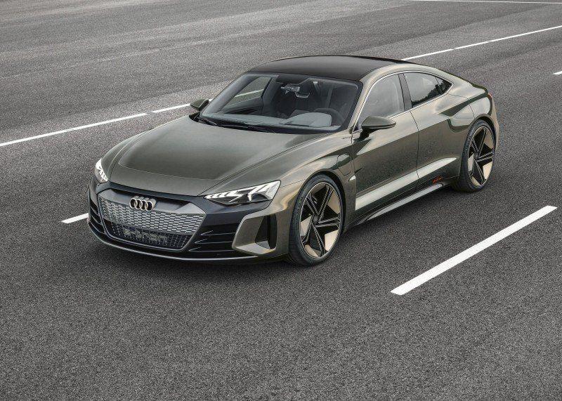 Unverhüllter Audi e-tron GT Concept