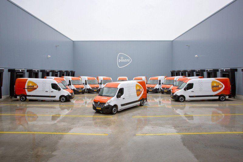 Flotte von Renault Master Z.E. Transporter