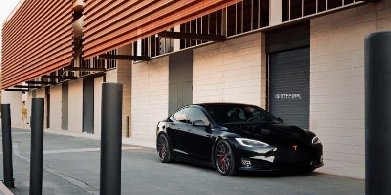 Getunte Variante des Tesla Model S P100D