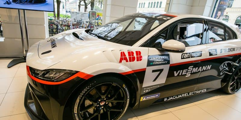 Viessmann Jaguar eTROPHY Team Germany Serienrennwagen