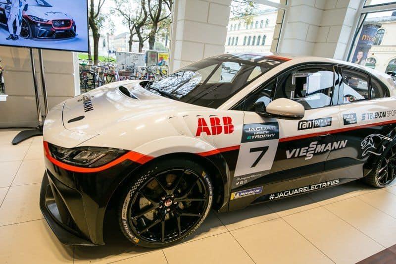 Viessmann Jaguar eTROPHY Team Germany Serienrennwagen