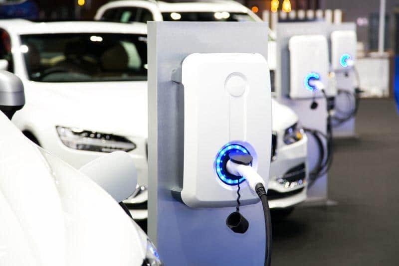 Bündnis fördert Elektroauto-Ladebündnis