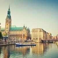 Daimler stärkt Hamburger und Bremer Werk für Zukunft