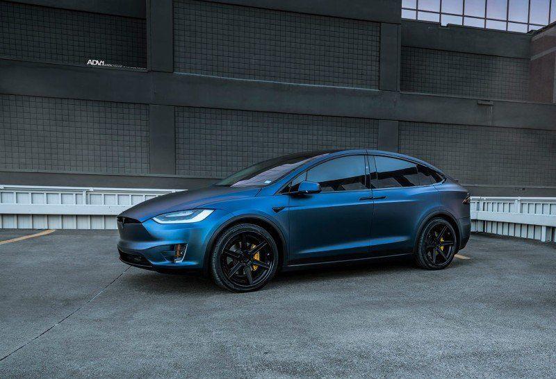 Modifizierter Tesla Modell X P100D Dunkelblau Matt Metallic und ADV.1 Rädern (4)