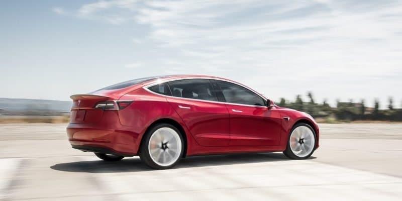 Tesla Model 3 Heck-Ansicht