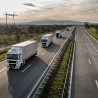 Erste Oberleitungs-LKW in Deutschland unterwegs