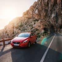 Volvo sieht kein Engpass bei E-Batterien