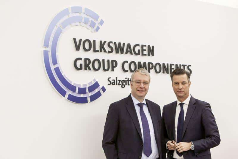 Dr. Stefan Sommer (l.) und Thomas Schmall - Volkswagen Konzern Komponente