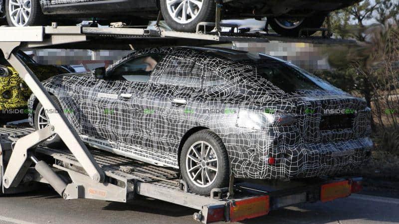 Heckansicht BMW i4 Erlkönig