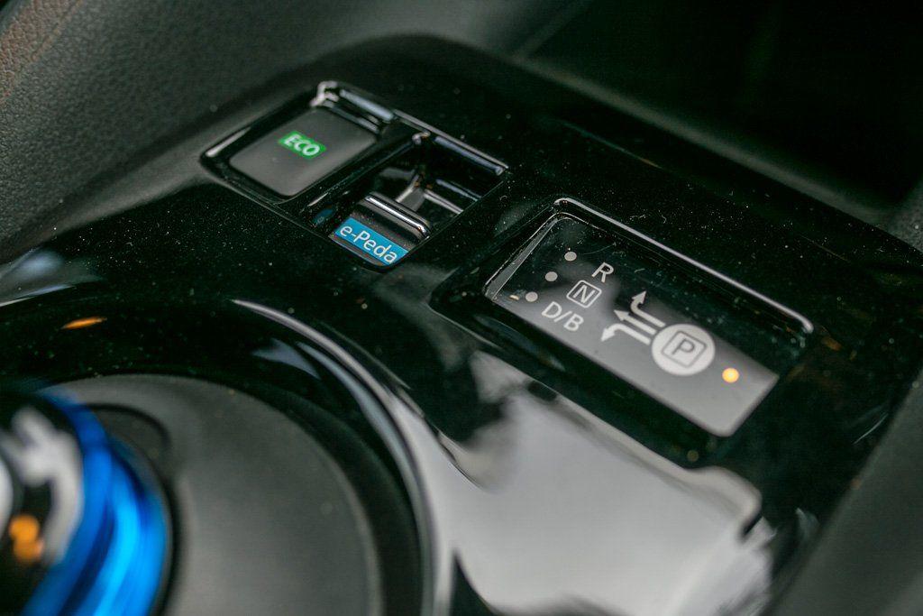 Wahlhebel zur Aktivierung des e-Pedal im Nissan Leaf