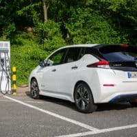 Nissan Leaf an Ladestation