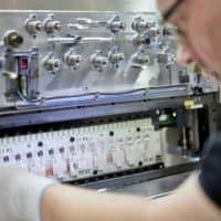 Vorserienproduktion der EQC-Batterie