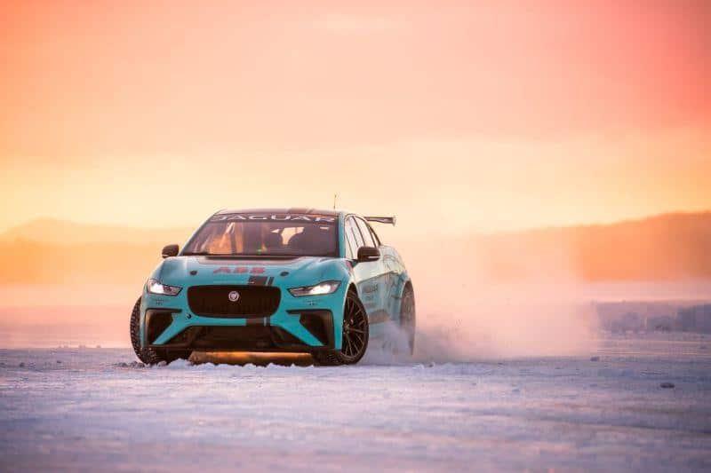 Jaguar I-PACE am Polarkreis unterwegs