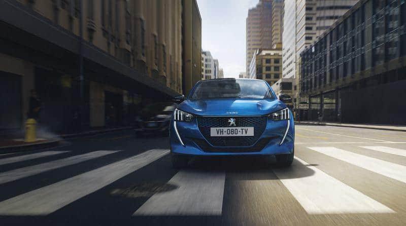 Peugeot e208 Front