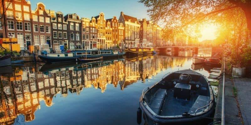 Niederlande errichtet mehr als 1000 Ladestationen an Regierungsstellen