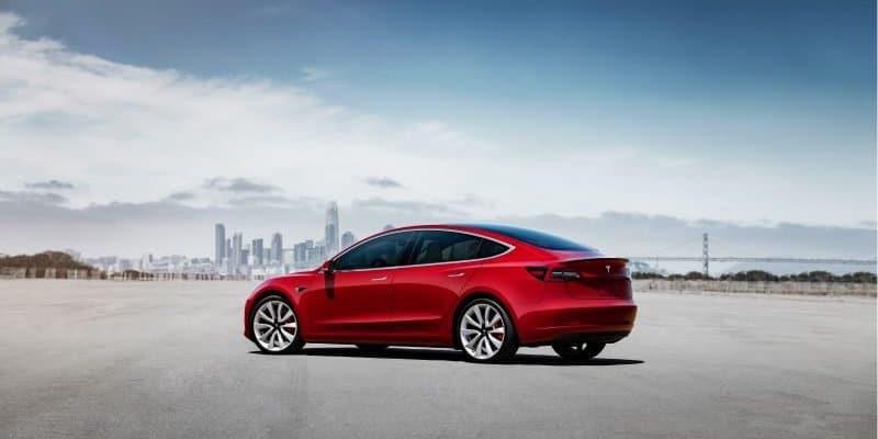Tesla Model 3 und Model Y künftig mit optionaler Anhängerkupplung