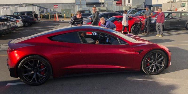 Tesla Roadster bei Premiere des Model Y von Tesla