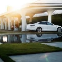 Tesla Supercharger 3.0